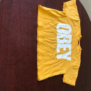 A272 Obey Crop Shirt Size S